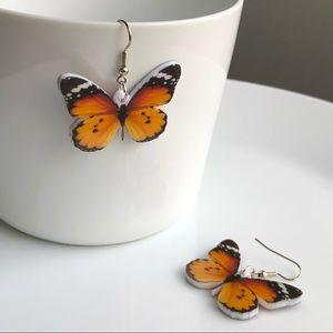 Jewelry - NEW Acrylic Plain Tiger Butterfly Earrings